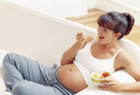 Tránh dùng các chất kích thích trogn suốt thời gian thai nghén