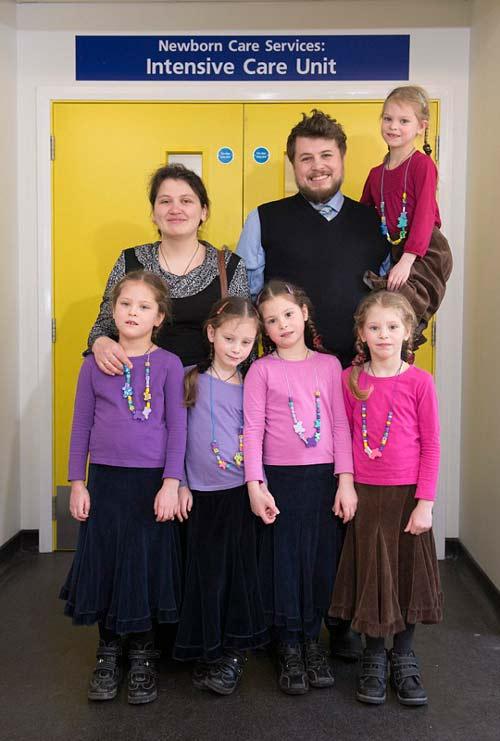 Đại gia đình của 5 thiên thần đáng yêu