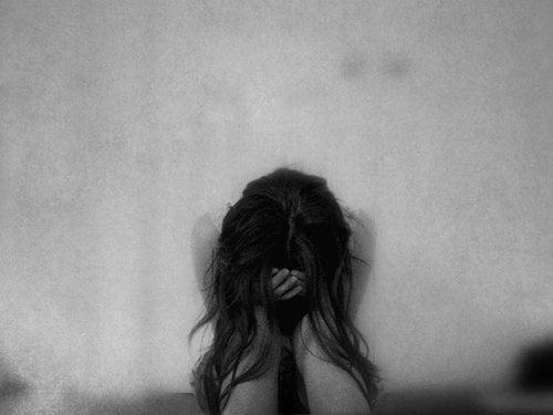 Khủng hoảng tâm lý sau nạo phá thai