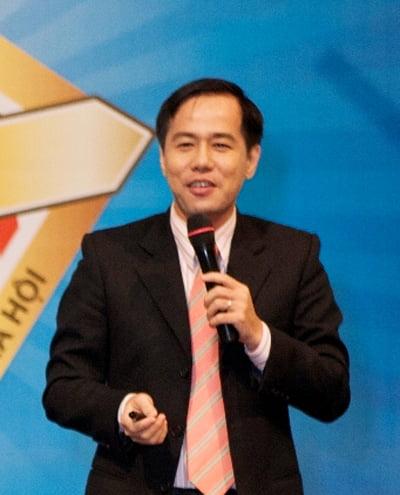 Tiến sỹ Tâm lý Huỳnh Văn Sơn