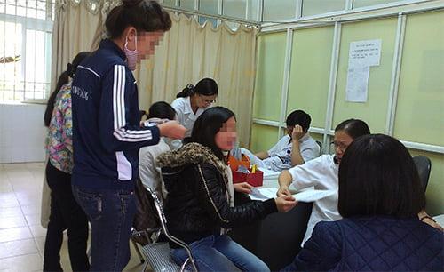 Hiện nhóm phá thai ở phụ nữ chưa sinh con lần nào đã chiếm 30% tổng số ca phá thai. Ảnh: Phan Dương.