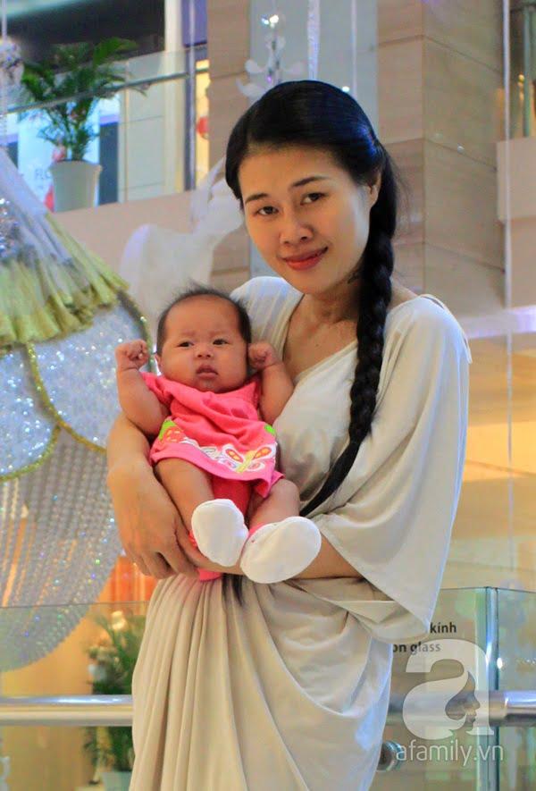 """Bà mẹ đơn thân Keng và con gái Belle: """"20 tuổi bạn nghĩ đứa trẻ là phiền phức nhưng ngoài 30 tuổi thì những đứa trẻ như là một phép màu diệu kỳ""""."""