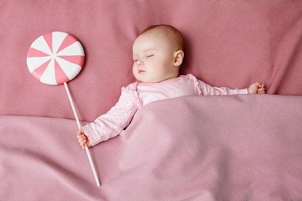 Với trẻ em, một giấc ngủ sâu là điều rất cần thiết cho sự hoạt động và phát triển của cơ thể.