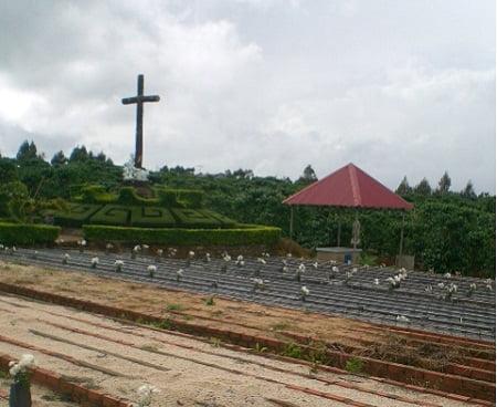 mai-am-Tin-Thac-nghia-trang-hai-nhi (2)