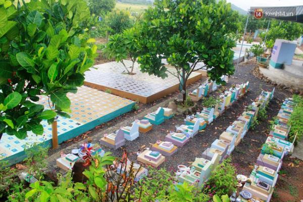 Khu nghĩa trang thứ 2 được xây dựng tại xã Diên Lâm cách Nha Trang khoảng 20km